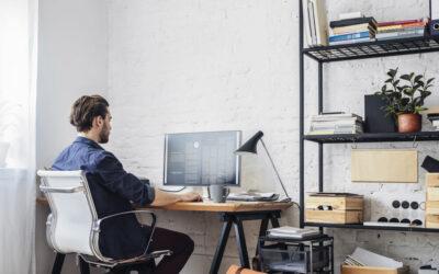 Home office/domowe biuro – jak zadbać o właściwą przestrzeń do pracy w domu?