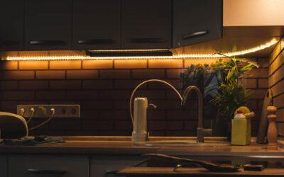 Nowoczesne i wygodne oświetlenie, czyli listwy oświetleniowe